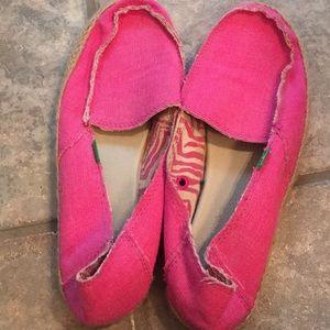 Sanuk pink size 8